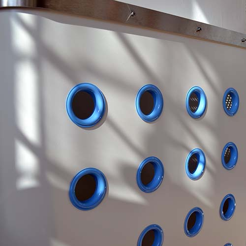 YOYO White / Blue Radiator Cover