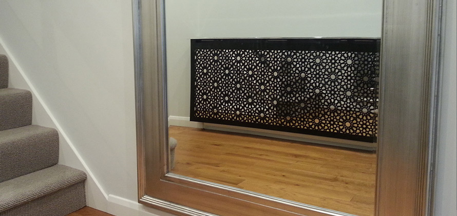 solo-arabic-radiator-cover-with-mirror-in-white-hallway